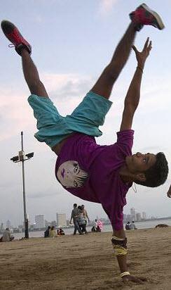 breakdanceBoy2
