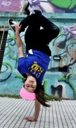 breakdanceGirl2